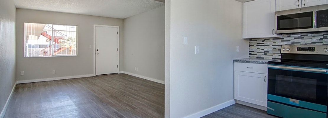 The cheapest apartments for rent in Camelback East, Phoenix