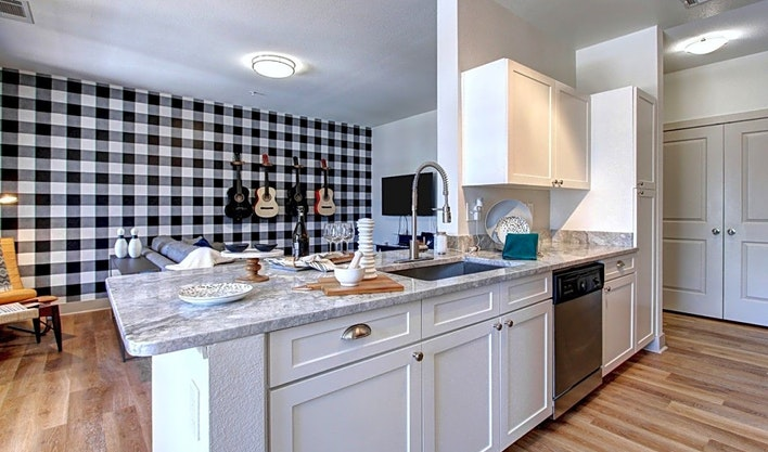 Apartments for rent in Aurora: What will $1,200 get you?