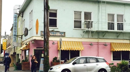 SF Eats: Beachside Coffee Bar & Kitchen shutters; SoMa gets new healthy fast-food spot; more