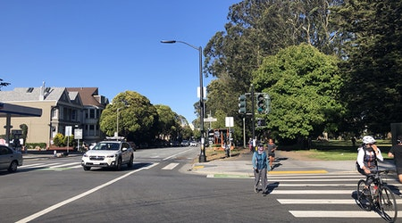Set to start construction in June, Fell Street bike lane now has no firm timeline [Updated]