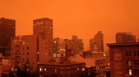 San Francisco awakens to darkness, as wildfire smoke blankets city in red twilight
