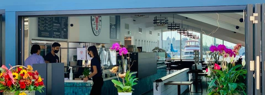 Seabreeze on the Dock debuts in Oakland in former Il Pescatore space